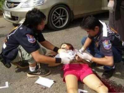 尸体图片 汶川地震死亡女尸照片