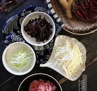 鱼香肉丝怎么做好吃 鱼香肉丝的做法步骤图解